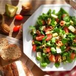 Зелена салата с яйце и Рокфор 150x150 Салати