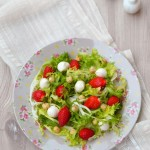 Салата с ягоди и моцарела 150x150 Салати