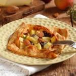 Френски палачинки с ябълки и сирена 2 150x150 Appetizers