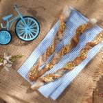 Гризини с тахан и конопено семе 150x150 Хлябове и крекери
