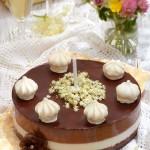Крем торта с бъз и шоколад1 150x150 Festive cakes and creams