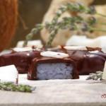 Лавандулови шоколадови бонбони 150x150 Парти хапки