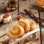 Маслени сладки с орехова плънка 150x150 Парти хапки