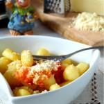 Ньоки с доматен сос и пармезан1 150x150 Пица, полента и паста