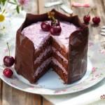 Шоколадова торта с череши 2 150x150 Кремчета и торти