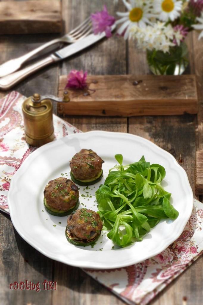 Кюфтета с месо и зеленчуци 2 682x1024 Кюфтета с месо и зеленчуци