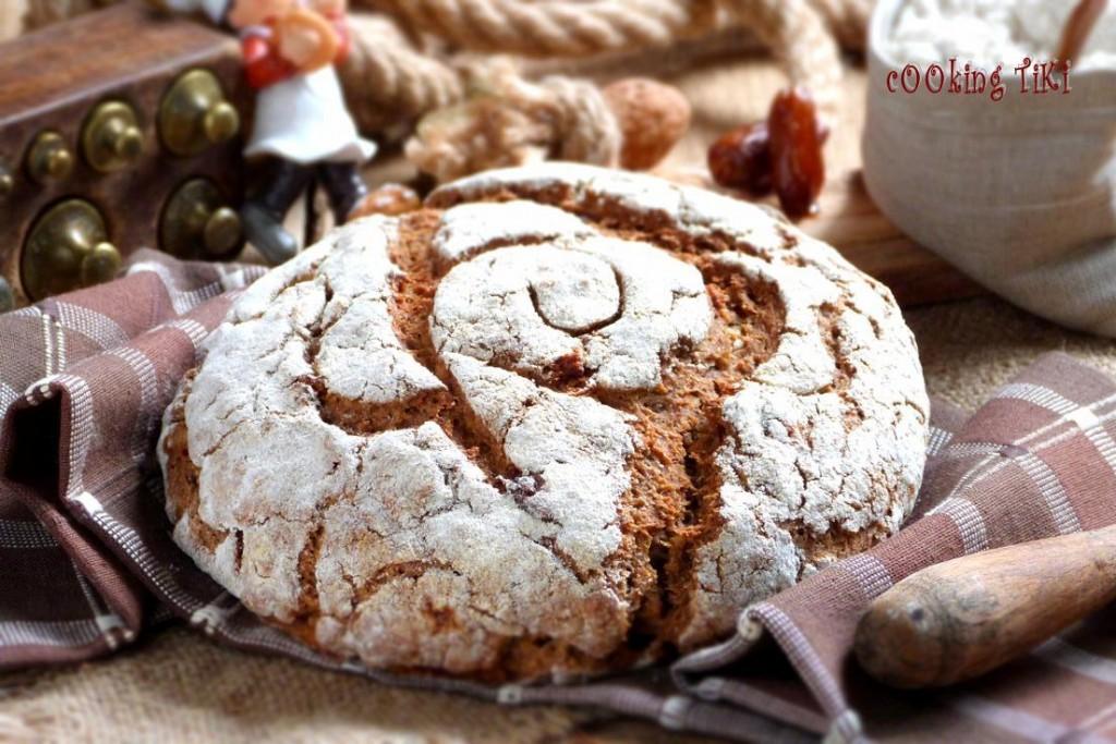 Квасен хляб с орехи и фурми 2 R1 1024x683 Sourdough bread with nuts and dates