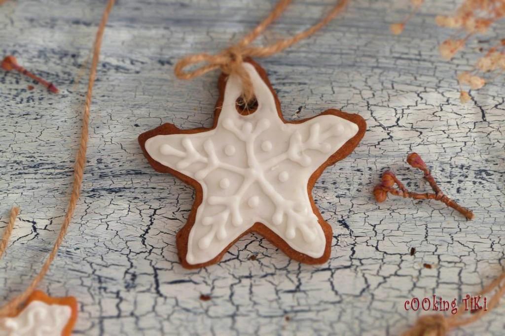 Коледни сладки за елха 102 1024x682 Biscuits de Noël pour le sapin
