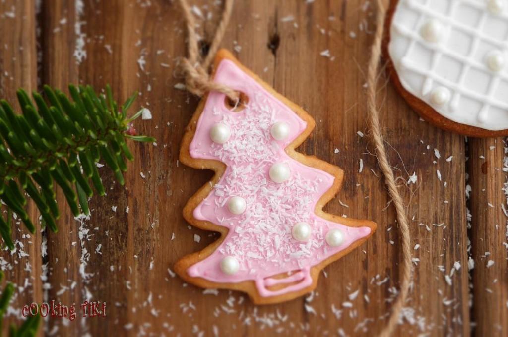 Коледни сладки за елха 112 1024x680 Biscuits de Noël pour le sapin