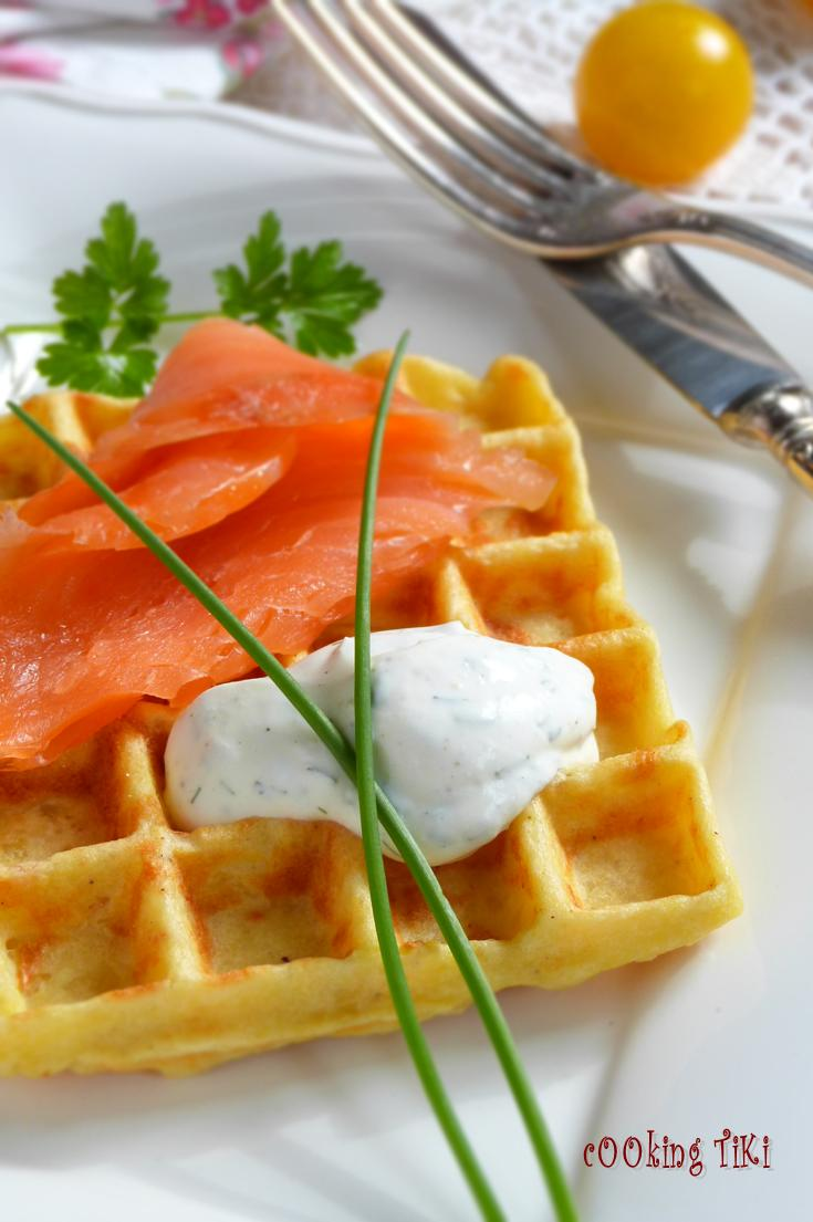 ... гофрети 22 681x1024 Potato waffles with smoked salmon