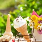 Топъл нетечащ сладолед за деца 31 150x150 Festive cakes and creams