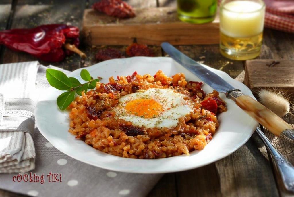Ризото със сушени домати и яйце 2 1024x685 Dried tomato risotto with roasted eggs