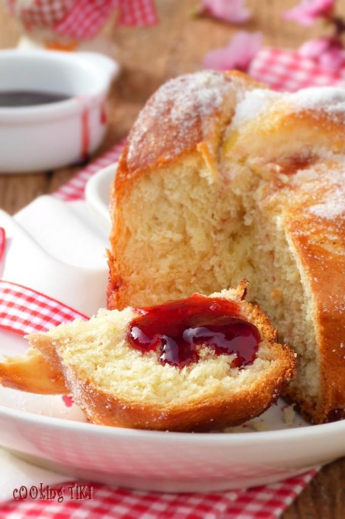 Мини козунаци с желе от френско грозде 22 682x1024 Easter buns with currant jelly