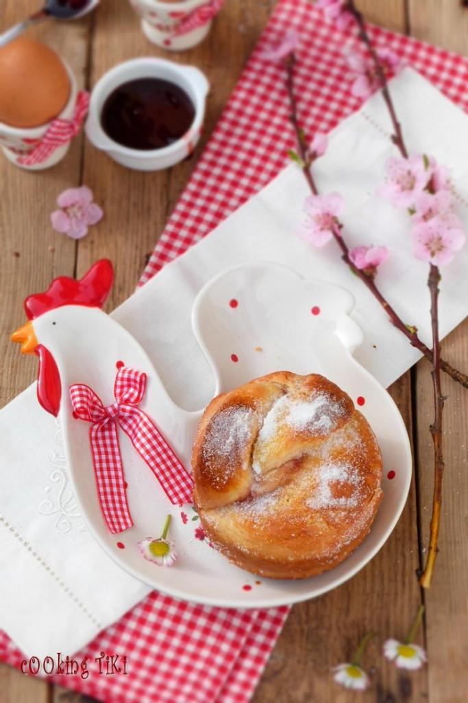 Мини козунаци с желе от френско грозде 32 683x1024 Easter buns with currant jelly