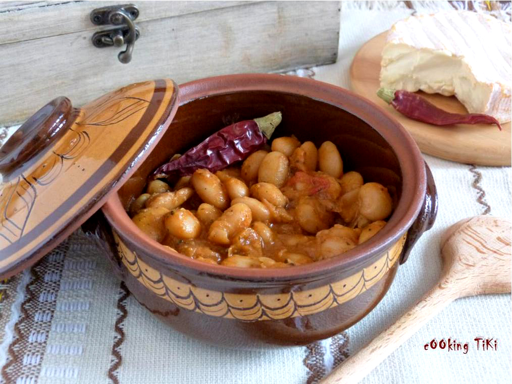 Боб на фурна1 Bulgarian style oven baked bean stew
