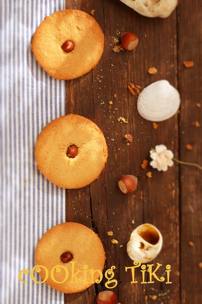 Бисквити с лешници 21 Biscuits aux noisettes